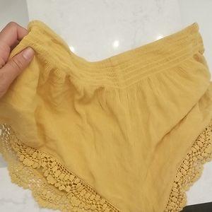Lace flowy shorts